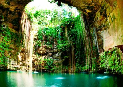 Grutas-de-Loltun-en-Merida-Yucatan