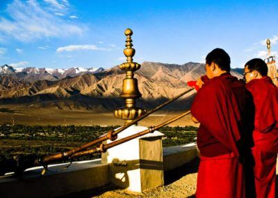 Monks-Blow-Large-Ceremonial-Horns-at-Hemis-Monastery-Ladakh