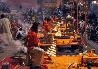 Varanasi-Morning-Arti-1