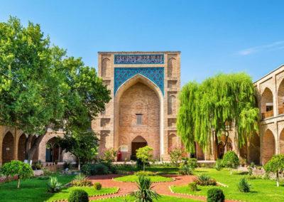 Las-madrasas-son-escuelas-de-religión-islámica-donde-se-enseña-el-Corán.