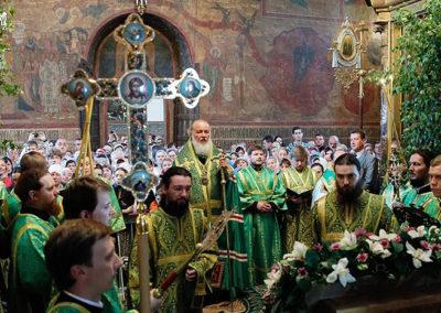 Sergiev-Posad-Monasterio-de-la-Trinidad-de-San-Sergio-santo-patrón-de-Rusia-2