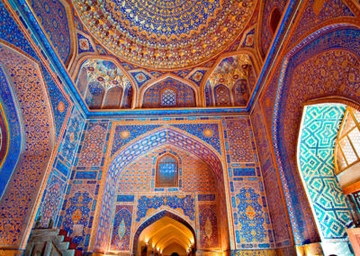 Tilla-Kori-Medreseh-in-Samarkand,-Uzbekistan