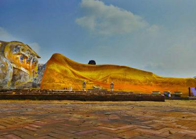 Wat Lokayasutha en Ayutthaya