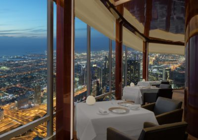 At.mosphere-Restaurant-Burj-Khalifa-2