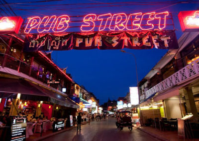 La Pub Street 3