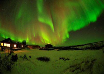 Northern-Lights-at-Seal-River-Heritage-Lodge---Ian-Johnson_9bb90a6d-5056-a36f-2344ec98f95f7804