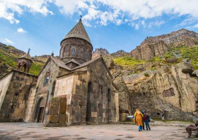 Monasterio-de-Geghard1