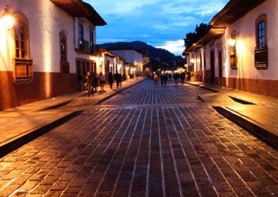 calle-patzcuaro