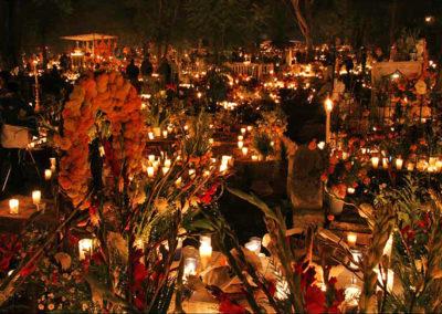 noche-de-Dia-de-Muertos-en-Janitzio